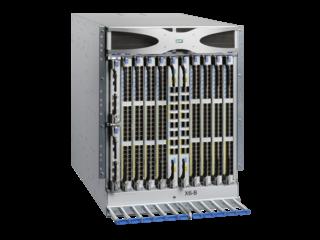 Switch Director Power Pack+ de 8 ranuras HPE StoreFabric SN8600B Right facing