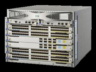 Switch Director Power Pack+ de 4 ranuras HPE StoreFabric SN8600B Left facing