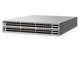 HPE SN6650B 32Gb 128/96 Power Pack+ 96ポート32Gb短波SFP+内蔵FCスイッチ Left facing