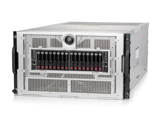 HPE XL675d Gen10 Plus 10 个双宽 PCIe 和 16 个单宽 PCIe 加速器托架 Left facing