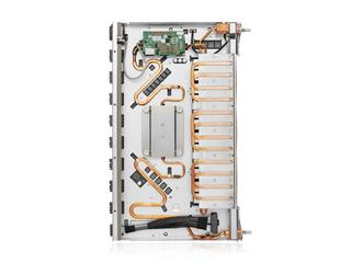 适用于 Cray 系统的 HPE Slingshot 200Gb 64 端口 QSFP-DD 1U 交换机 Top view open
